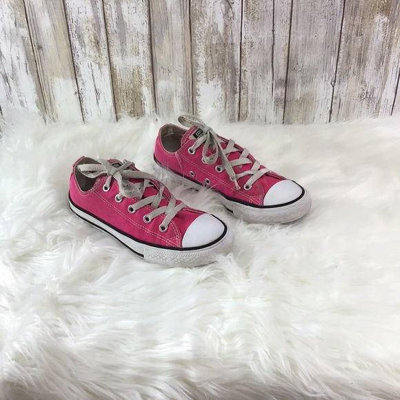 0898745720d9 Youth US 1 Pink AllStar Converse Sneakers